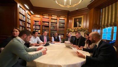 Mario Abdo y Trump se reúnen para hablar sobre lucha contra la corrupción