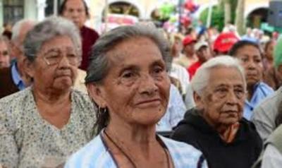 Según Hacienda, es imposible universalización de pensión para abuelitos
