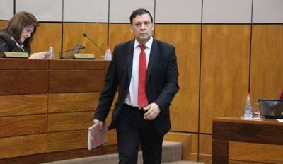 HOY / Víctor Bogado demanda al Estado ante la CIDH: pide anular sentencia y volver a su banca en el Senado