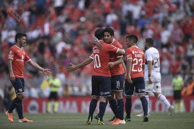 Cecilio Domínguez anotó un golazo para Independiente