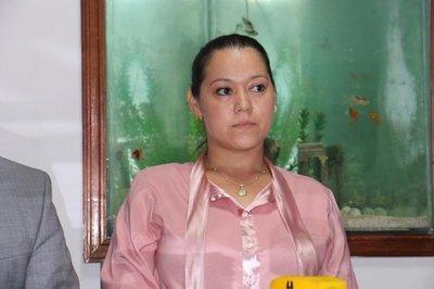 Gabriela Quintana también demanda al Estado y quiere volver al Congreso