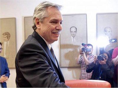 Gobierno argentino anuncia decreto para frenar los despidos durante 6 meses