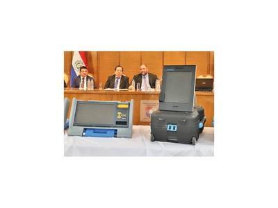 Alertan que máquinas de votos son dudosas por falta de auditoría real