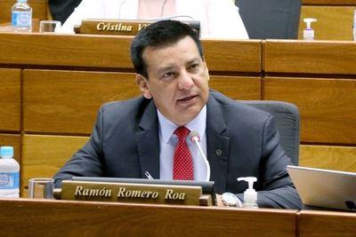 La mayoría de los colorados votaría por expulsar a Quintana de Diputados, según Romero Roa