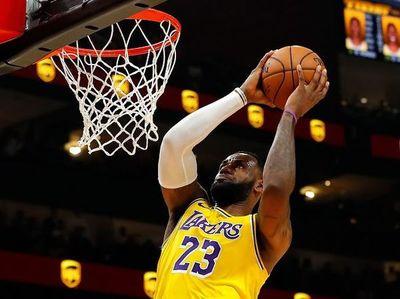 James y Lakers sufren, pero ganan