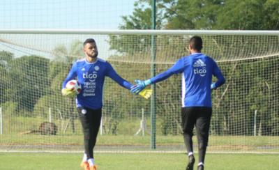 HOY / Marcucci recluta a 30 futbolistas para amistosos con Colombia