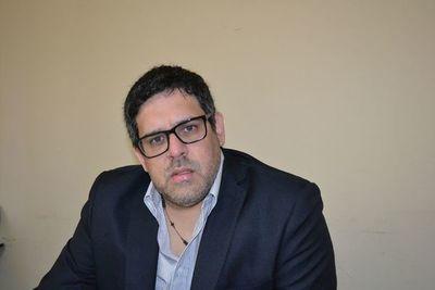 Políticos piden destitución del director de la 8ª Región Sanitaria