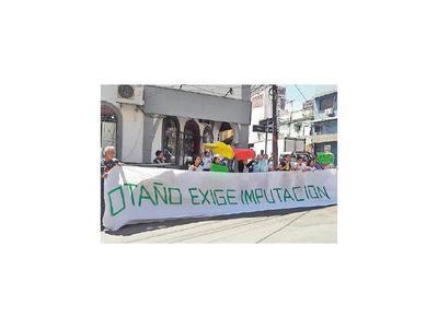 Exigen imputación inmediata del intendente de  Otaño