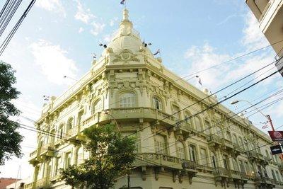 Benigno López revisará contratos colectivos de entidades públicas