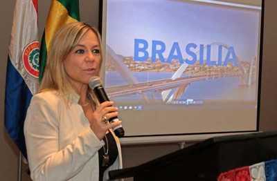 Brasilia se presenta como destino turístico en Asunción