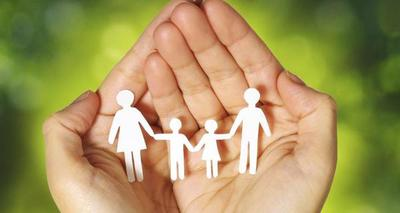 Aprueban ley para acortar plazos de adopción de niños y adolescentes