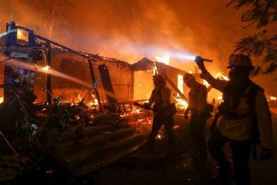 Empresa de California debe pagar multas por USD 1700 millones tras incendios