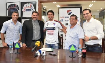 HOY / Cristian Riveros, nuevo jugador de la Academia
