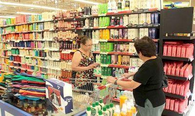 Empresarios visualizan complicado escenario del consumo para el 2020
