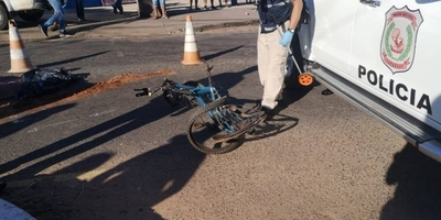 HOY / Ciclista muere arrollado  por una camioneta