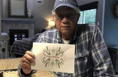 Hombre de 73 años paga las deudas de 36 familias para que celebren Navidad 'en paz'