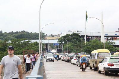 Agilizarán tránsito de camiones sobre el Puente de la Amistad