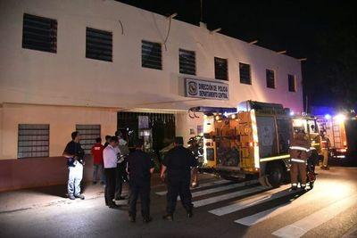 Principio de incendio en comisaría 50ª Central de Luque