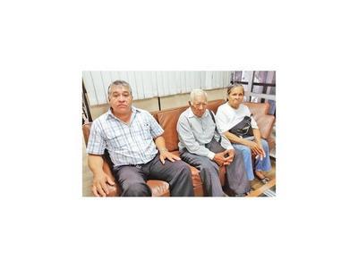 Esperan indemnización por el crimen de sus dos hijos