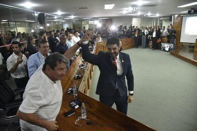 """""""Nenecho"""", el intendente rechazado por sus propios correligionarios"""