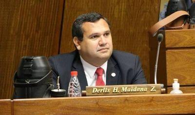 Diputado cuestionó a Benigno López por pagar aguinaldo extra a sus funcionarios