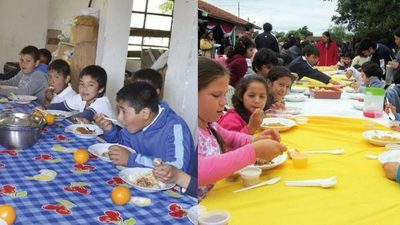Otorgan almuerzo escolar a empresa con malos antecedentes