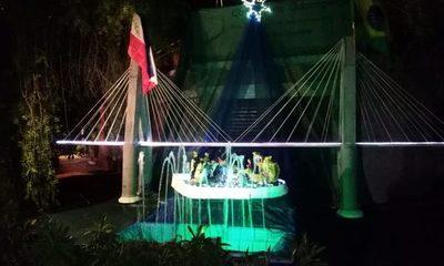 Hacen pesebre en maqueta de nuevo puente en Franco