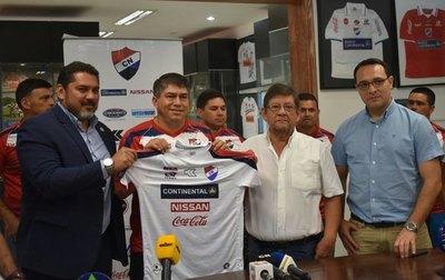 """""""Tiburón"""" Torres asume la conducción técnica del 'Trico'"""