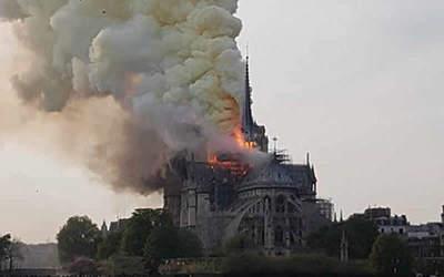 Catedral de Notre Dame, sin misa navideña por primera vez en dos siglos