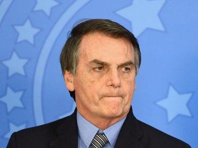 Bolsonaro recibe alta tras ser hospitalizado por una caída en su residencia
