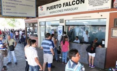 HOY / Más de 40 mil paraguayos ya volvieron al país para pasar las fiestas