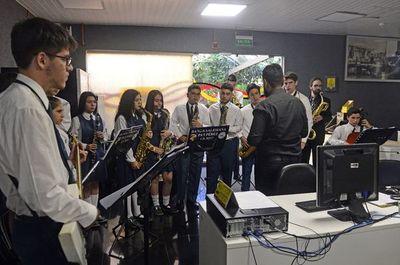 """Saludo de banda """"Pa'i Pérez"""""""