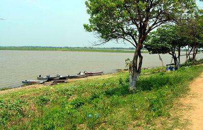 Repunte del río Paraguay trae alivio a las empresas de transporte fluvial