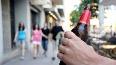 Plantean que la Policía intervenga ante casos de consumo de alcohol en la vía pública
