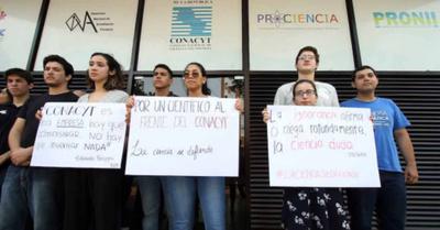 Científicos no quieren a Felippo