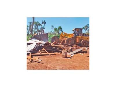 Hallan documentos claves tras  desalojo en  Morombi