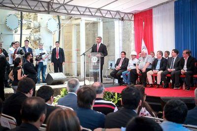 Nueva obra de Yacyretá ayudará al desarrollo de industrias en Paraguay