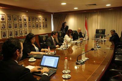 Ministros violaron acordada al sesionar con 5 integrantes
