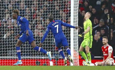 Chelsea tiñó Londres de azul