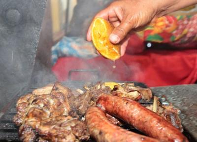 Recomiendan no excederse con las comidas durante las fiestas de Año Nuevo