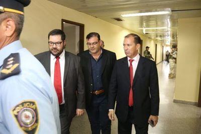 Levantan pedido de captura contra Rivas