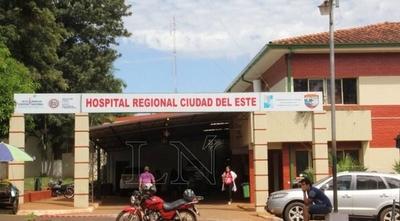 HOY / Paciente sufrió crisis de sicosis en sala de Urgencias y rompió parte del mobiliario