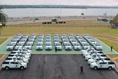 La Policía Nacional recibió 50 patrulleras para el interior