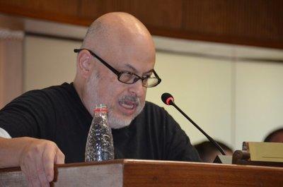 """Payo pretende que la Cámara de Senadores deje de ser """"Honorable"""""""