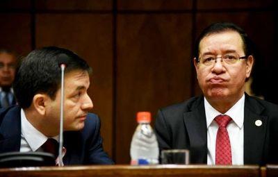 Diputado Miguel Cuevas y  familia no quieren declarar
