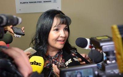 Jóvenes del PLRA solicitarán perdida de investidura de la senadora Bajac