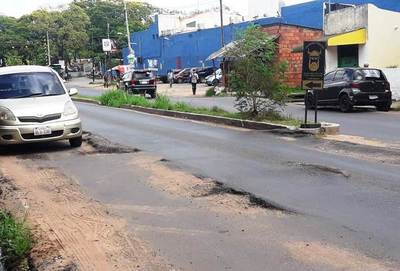 Grave deterioro presenta la avenida Nanawa •