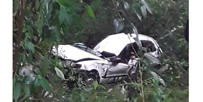 Percance rutero deja 3 adultos y 2 niños heridos en Hernandarias