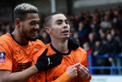 Almirón marca en el empate del Newcastle