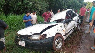 Cinco heridos tras accidente de tránsito